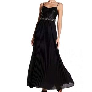 LAUNDRY SHELLI SEGAL Gown PROM